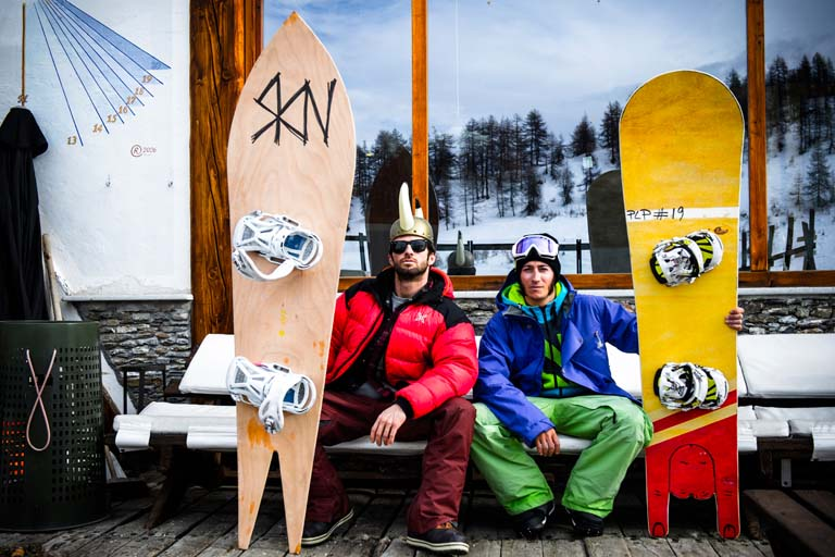 CUSTOM POWDER SNOWBOARDS PARTY 001