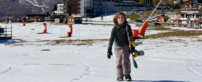 Bianca fa lezione di snowboard con Stefano