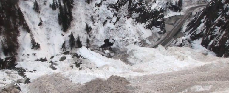 MASSIVE AVALANCHE Blocks Only Road To Valdez, Alaska